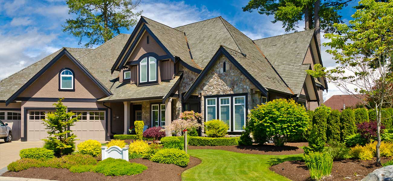 homes for sale in east meadow new york